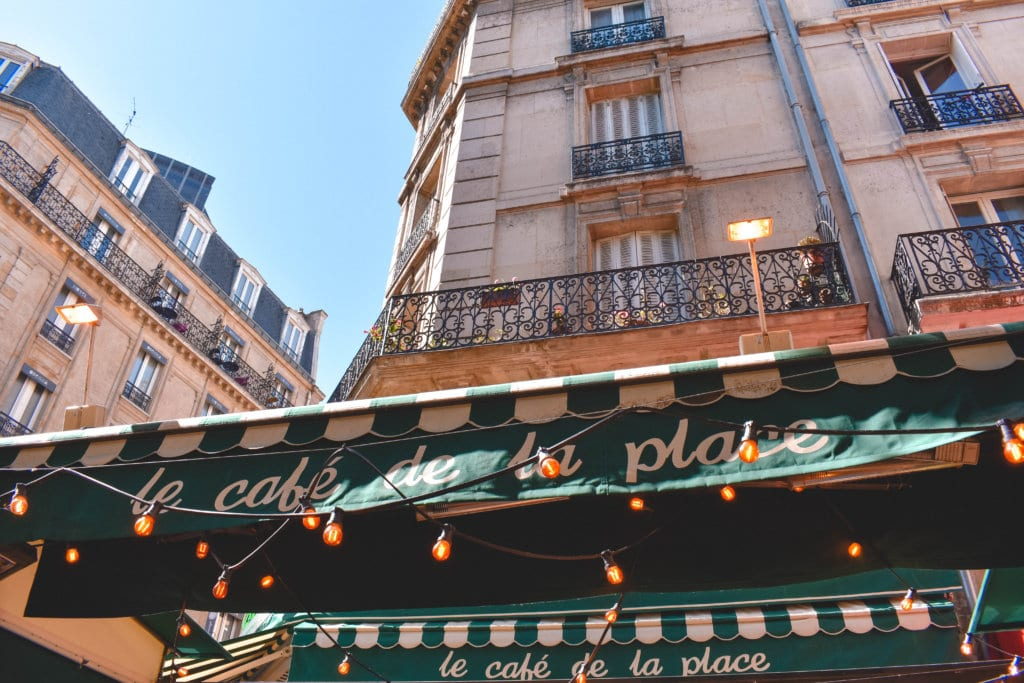 A lovely Parisian cafe with stringed lights