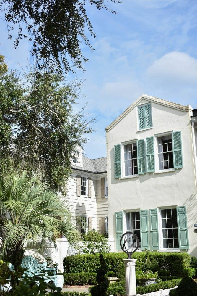 Beautiful buildings in Charleston South Carolina
