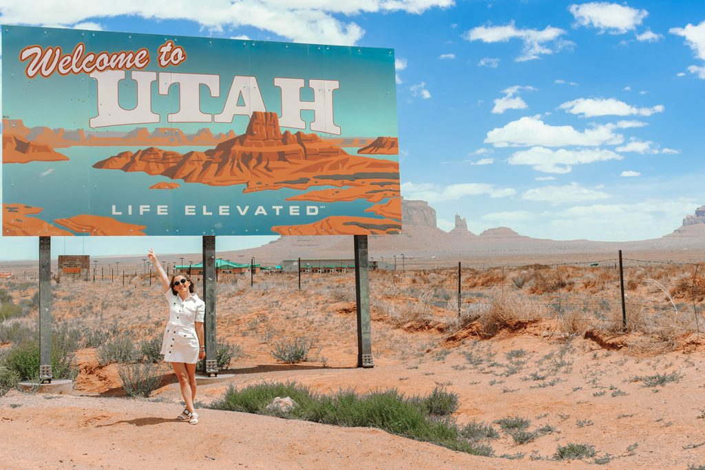 Welcome to Utah State Sign at Monument Valley