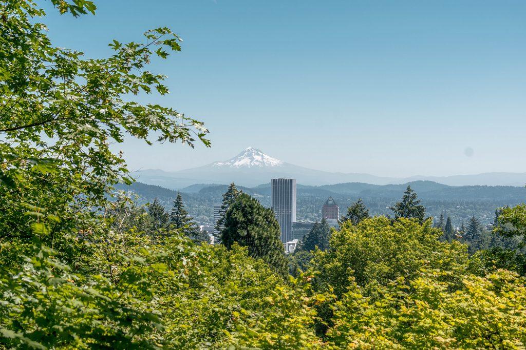Breathtaking views of Mount Hood from Portland, Oregon