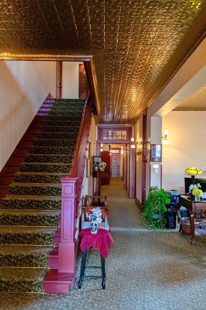 Inside of Chamberlin Inn in Cody