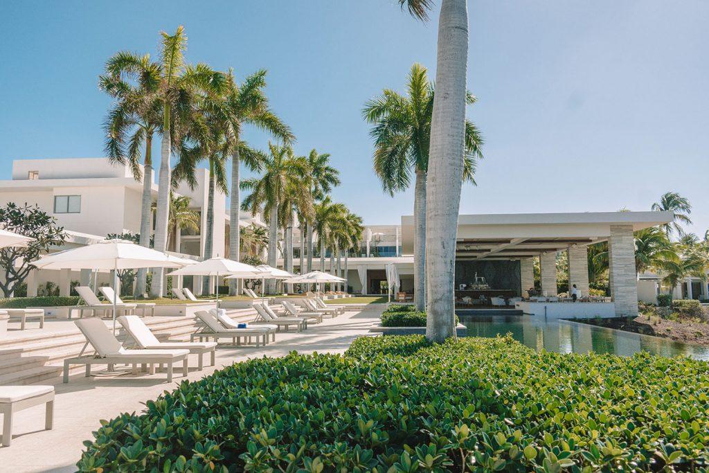 Four Seasons Anguilla lounge area