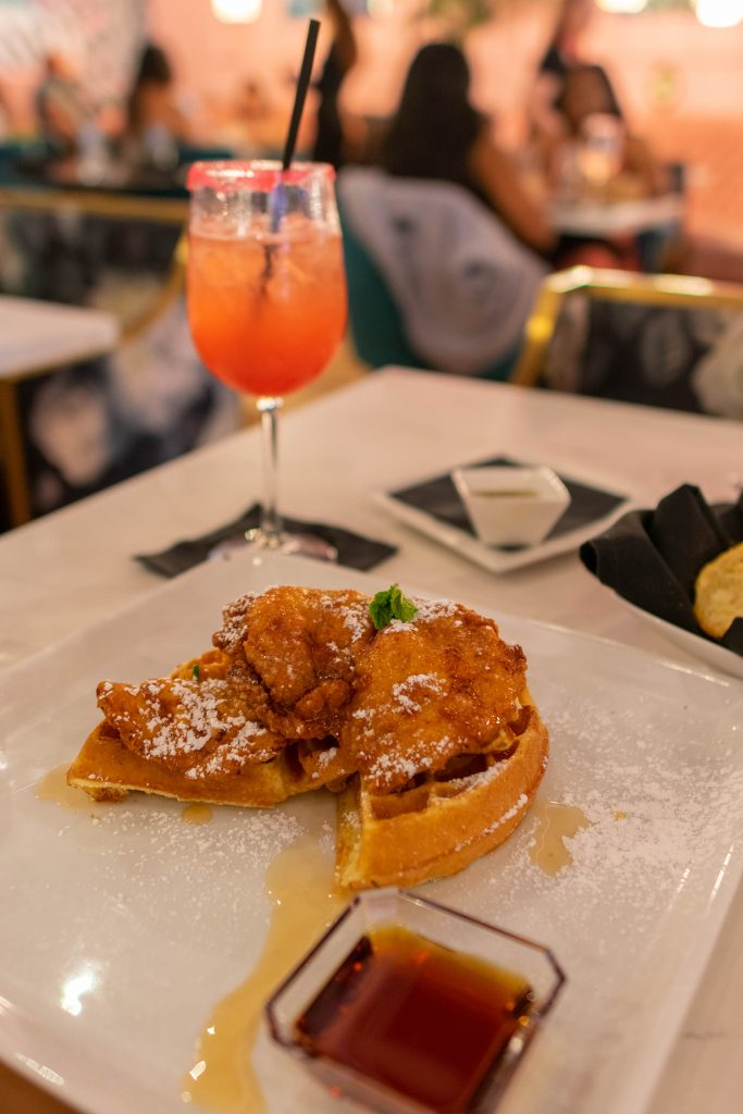 Chicken and waffles for burnch during one day in Dallas