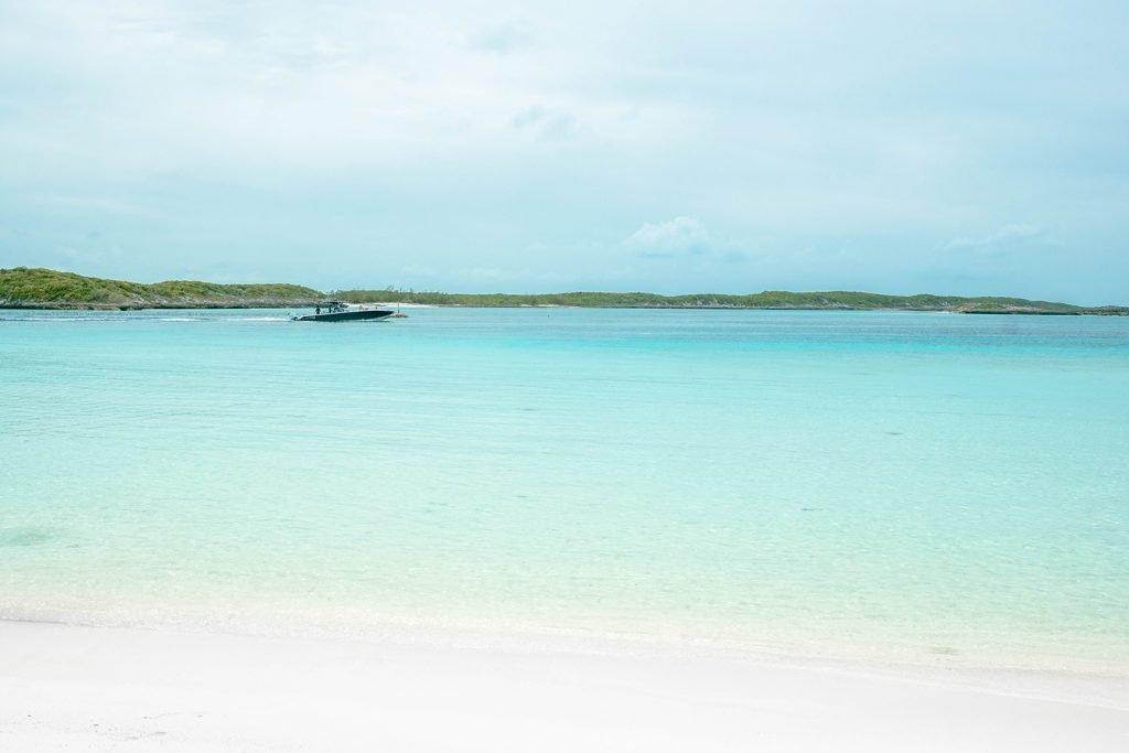 Pirate Trap Beach on Staniel Cay, Exuma, Bahamas