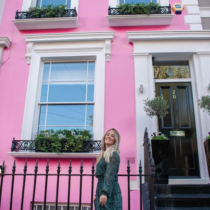 Taylor-Notting-Hill-Pink6