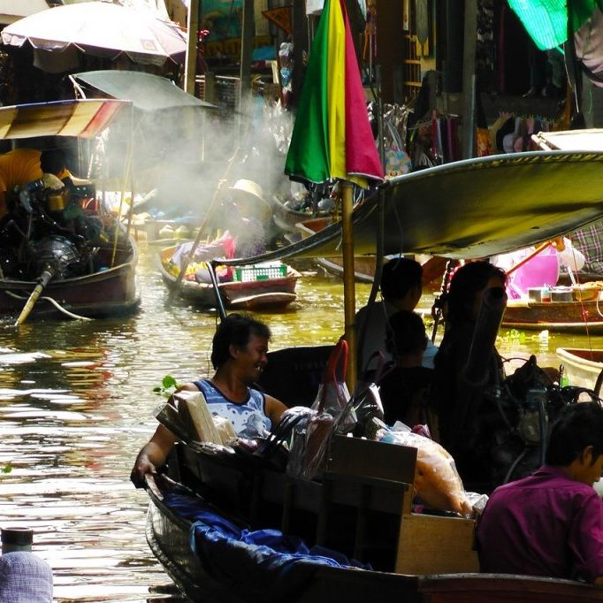 floating-market copy