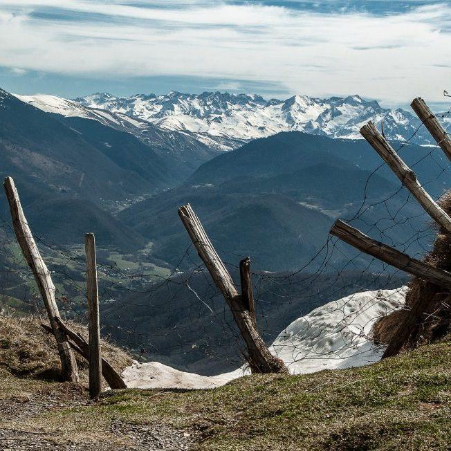 pyrenees-2142714_1920