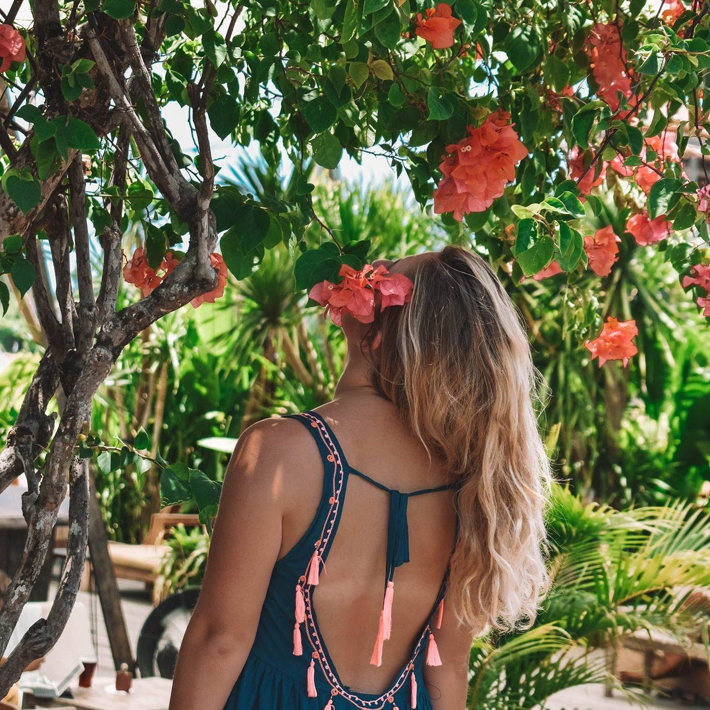 taylor-flowers-bali